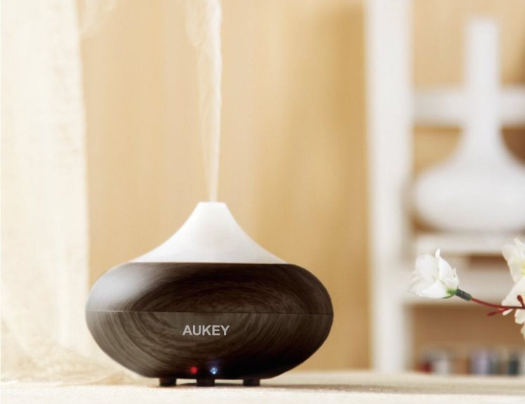 Aukey-Electric-Aromatherapy-Essential-Oil-Diffuser-01.jpg