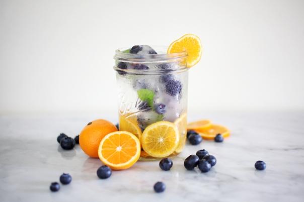 blueberry-orange-infused-water-recipe.jpg