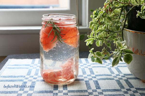 grapefruit-rosemary-infused-water