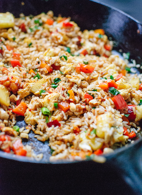 how-to-make-thai-pineapple-fried-rice.jpg