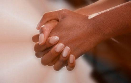 uptown-black-woman-hands-praying