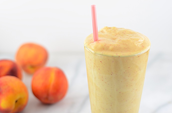 Vegan-Peaches-and-Cream-Smoothie-2