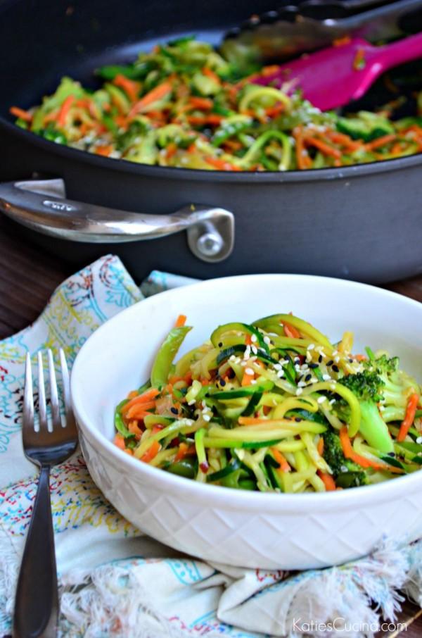zoodle-veggie-stir-fry-2-600x906.jpg