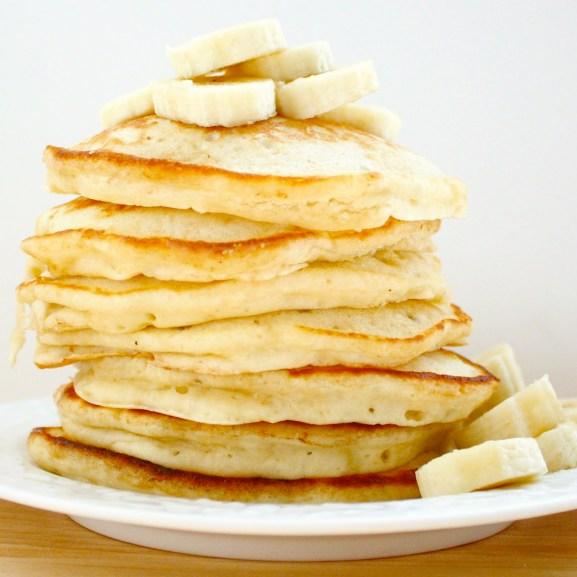 banana pancakes cropped