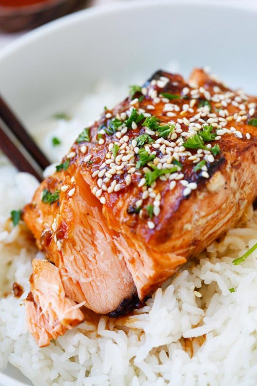 honey_sriracha_salmon2.jpg