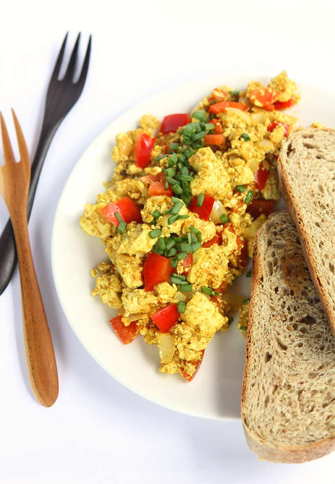 Curry_Tofu_Breakfast_Scramble_6