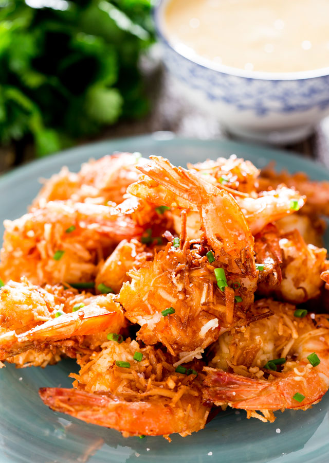 coconut-shrimp-with-spicy-mango-dipping-sauce-1